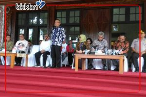 Gubernur dan Kepala BKKBN RI Melepas TIM Bangga Kencana